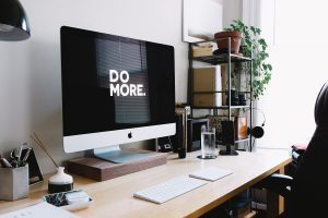 איך מעצבים אתר תדמית?