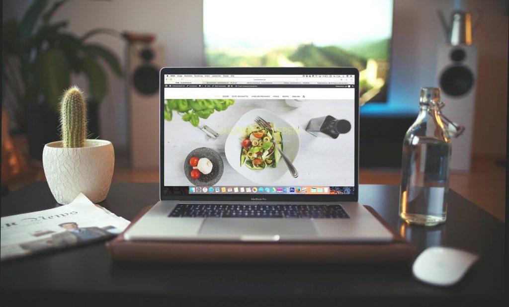 איך מעצבים אתר תדמית